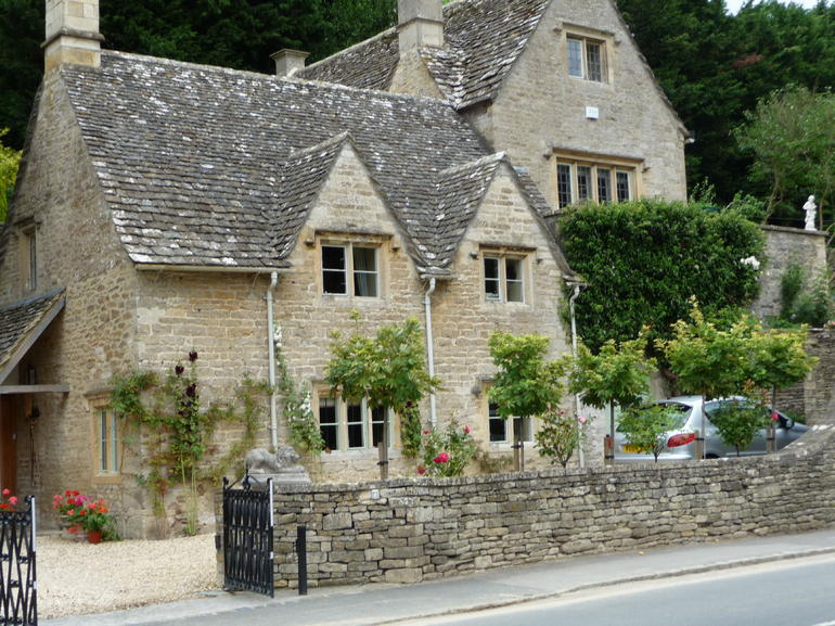 Cotswolds Cottage - London