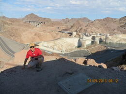 Photo of Las Vegas Grand Canyon and Hoover Dam Day Trip from Las Vegas with Optional Skywalk en la presa hoover