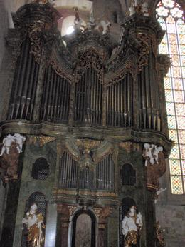 Floor to ceiling, this organ is one of the biggest musical instruments in Austria, with 3700 pipes! , Savvy Sightseer - August 2014