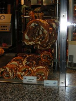 Photo of Munich Bavarian Beer and Food Evening Tour in Munich Pretzels for sale in the Hauptbahnhof
