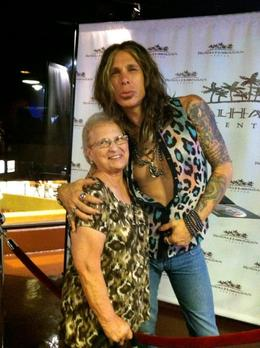 Photo of Oahu Legends in Concert Waikiki 'Rock-a-Hula' Show Mom with Steve Tyler (Imp)