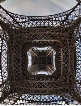 View of the Eiffel Tower from below , Veska V - August 2015
