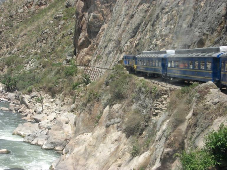 Train Going through Mountains - Cusco