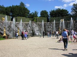 One of the many private gardens in Versailles with lovely fountains and seating , Lumar - October 2011