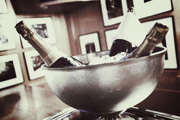 Good quality Champagne and a nice Bordeaux was served with my delicious meal. , David J - August 2012