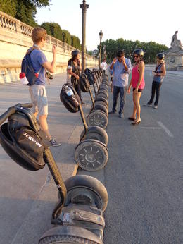 Photo of Paris Paris City Segway Tour Taking a break