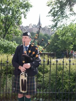 Photo of London Edinburgh Rail Day Trip from London Bagpipes