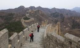 Repaired section of the wall when you approach Jinshanling - September 2012