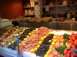 Photo of Paris 4-Day Normandy, Saint-Malo, Mont Saint-Michel and Chateaux Country Tour St Mahlo seafood