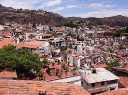 Photo of Mexico City 6-Night Best of Central Mexico Tour: Teotihuacan Pyramids, Taxco, Cuernavaca and Puebla from Mexico City Taxco