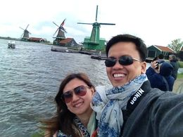 We were touring the windmills when i saw this nice opportunity for a twofie with it at the background :- , Alvin Q - June 2015