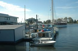 A private boat anchored at the Gangplank Marina in Washington, DC, prepares to take sail., Sergio M - November 2009