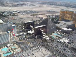 The Luxor on the strip, Darragh O - April 2009