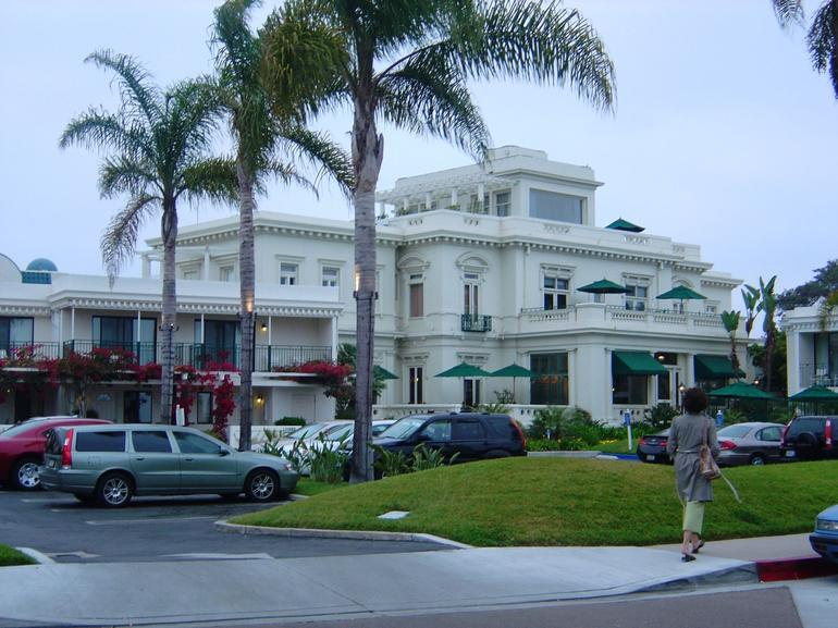 Glorietta Bay Inn - San Diego