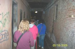 Some of the alleys were smaller than this one., Karylyn P - September 2009