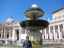 At St. Peter's Square at the end of the day. , Fernando - October 2013