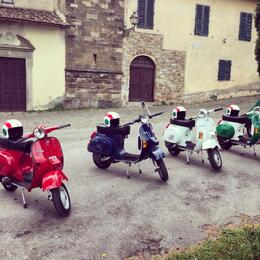 Photo of Florence Florence Vespa Tour: Tuscan Hills and Italian Cuisine Vespa