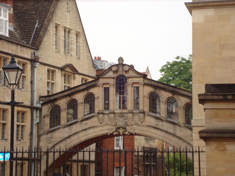 Bridge of Sighs, Cambridge - London