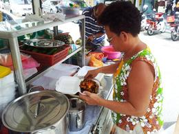 Photo of Kuala Lumpur Eat Like a Local: Kuala Lumpur Hawker Center and Street Food Tour by Night Lunch Tour