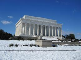 Small paths to Lincoln Memorial in February 2010, Peter S - March 2010