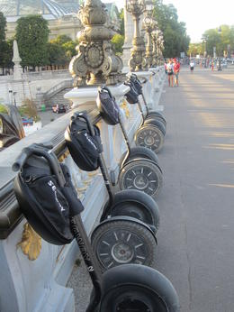 The line up of Segways on Pont Alexandre 111 as we dismounted to listen to Moko. , Pennytrum - September 2012