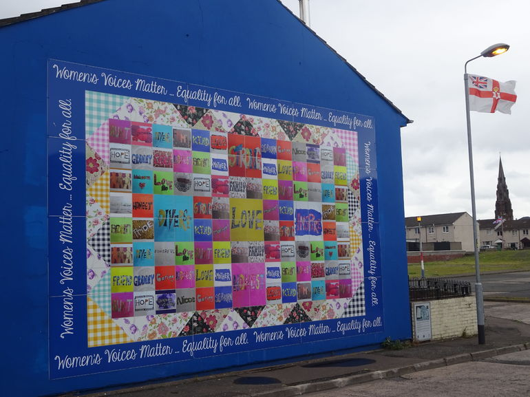 Tours activities classic vacations for Dublin wall mural