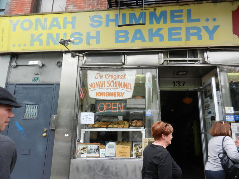 Yonah Shimmel Knish Bakery - New York City