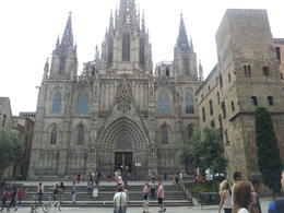 Photo of Barcelona Barcelona Sightseeing Tour: Gothic Quarter Walking Tour, Olympic Village and Montjuic Cable Car Ride catedral Barcelona