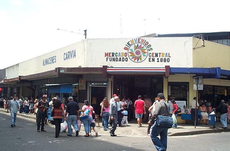 Mercado Central, San Jose, Costa Rica - Photo by Creative Commons  Viator