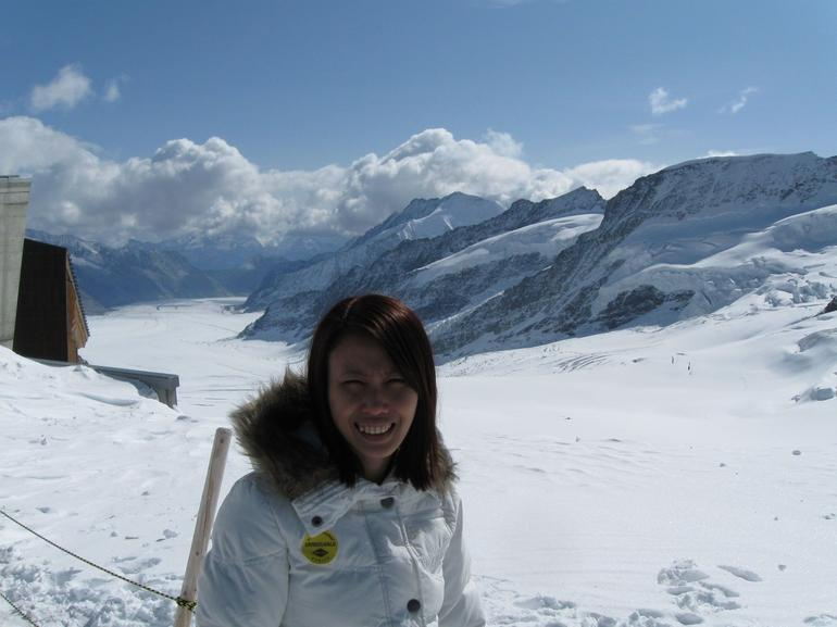 The view behind me is great! Amazingly Beautiful! - Lucerne