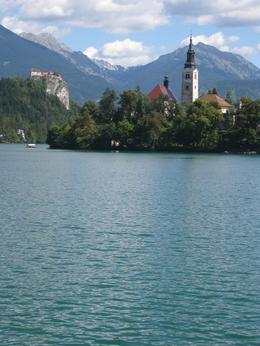 Photo of Slovenia Bled Sightseeing Tour from Ljubljana Bled catsle, and the island.