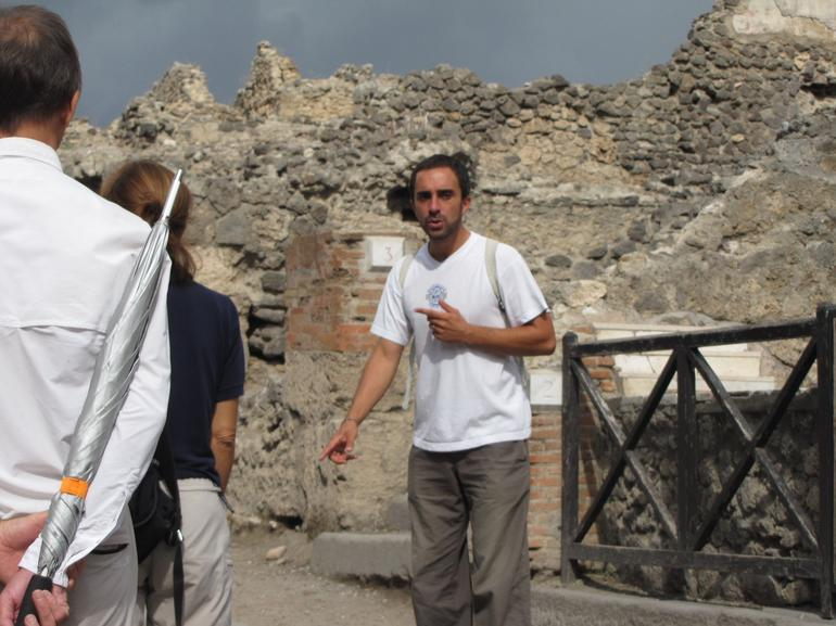 Great tour guide - Naples