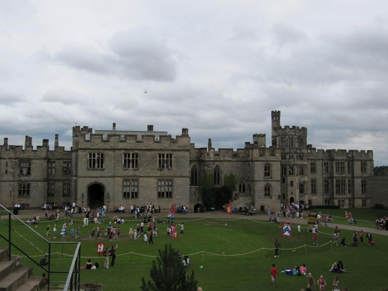 Warwick Castle inner courtyard - London