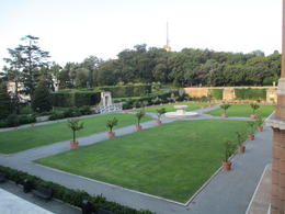 Beautiful Vatican Gardens , holajacki - October 2012