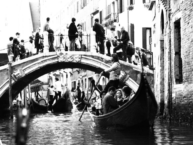 Its crowded - Venice