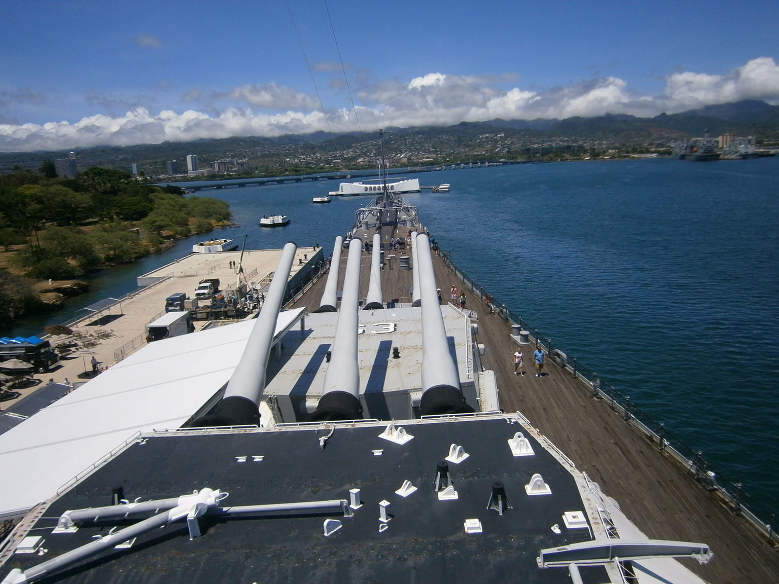 Oahu Day Trip to Pearl Harbor from the Big Island