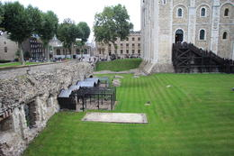 Photo of London Skip the Line: Tower of London Tickets Ravens Keep