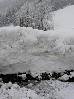 This is the thickness of the snow at the bottom of the mountain., Linda C - March 2009