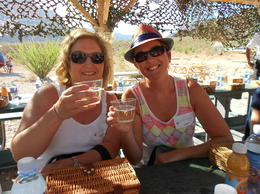 Mel and Jude enjoying a champagne breakfast in grand surroundings! , judeproc - August 2014