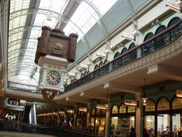 Clock in the Queen Victoria Building, Undercover Américan - October 2010