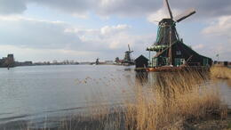 Photo of Amsterdam Zaanse Schans Windmills, Marken and Volendam Half-Day Trip from Amsterdam Zaanse