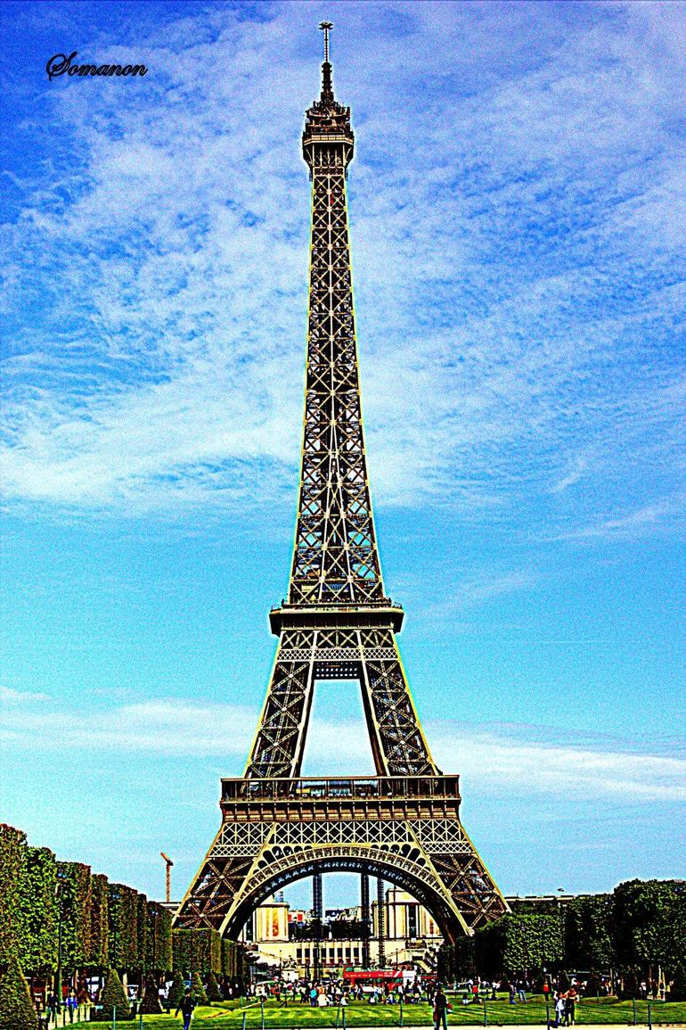 Beautiful Eiffel - Paris