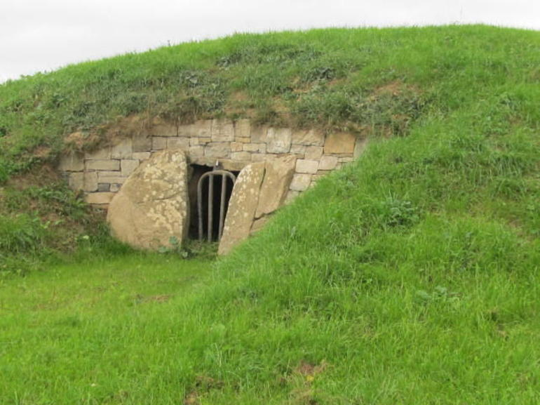 Mound of the 9 Hostages - Dublin