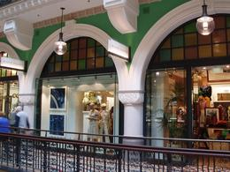 Shops in the Queen Victoria Building, Undercover Américan - October 2010