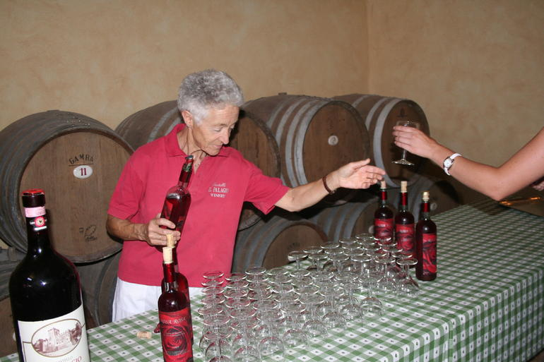 Tour Guide/First Wine Serving - Florence