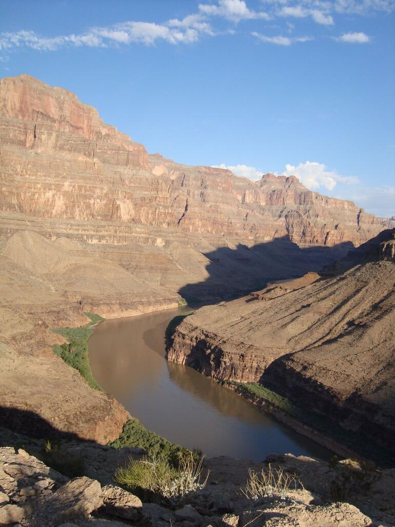 Colorado River from the picnic area - Las Vegas
