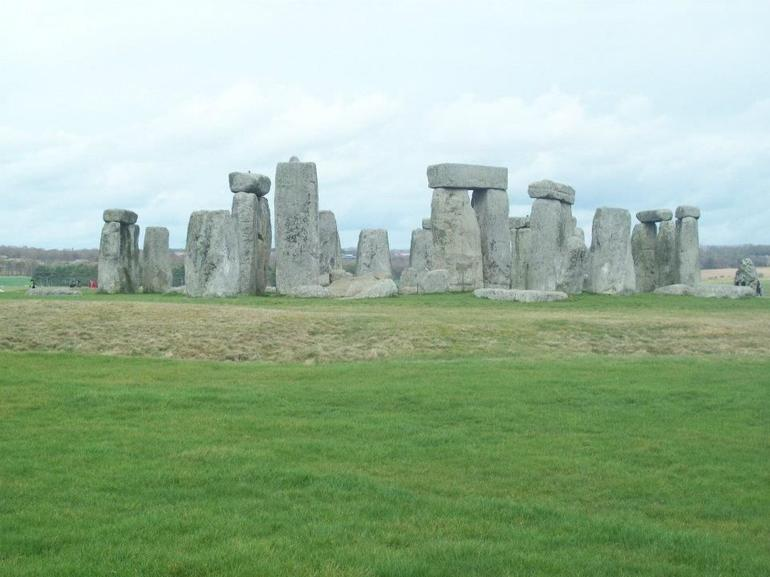 stonehenge02 - London