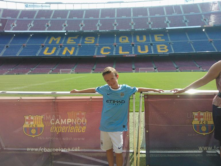Leo enjoting the Camp Nou