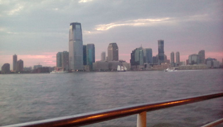 New York harbour lights cruise with circle line