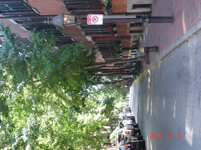 Peaceful streets, Beacon Hill - Boston
